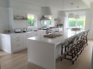custom-kitchen-white-7