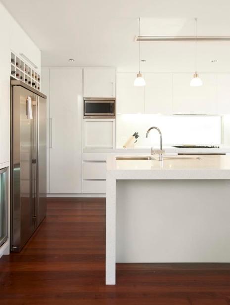 custom kitchen white gloss 2