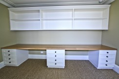 custom-joinery-study-and-shelving-2